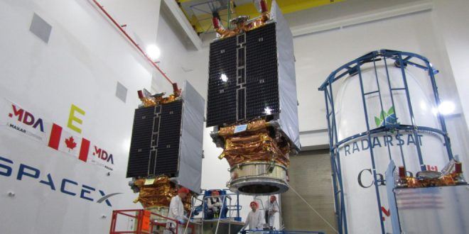 The RADARSAT Constellation Mission satellites were recently installed on their dispenser and inserted into the rocket fairing at SpaceX facilities in Vandenberg Air Force Base