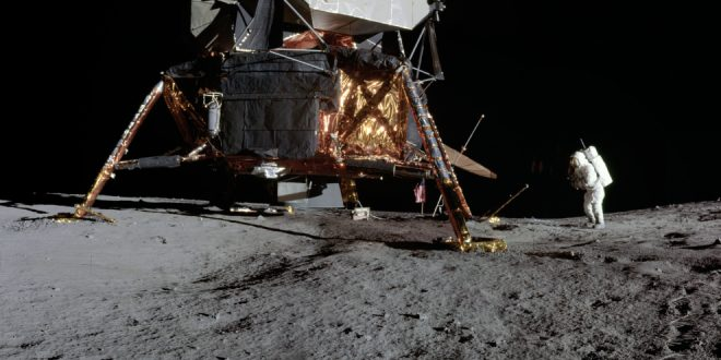 Perspectives on the Apollo Program with Historian Roger Launius